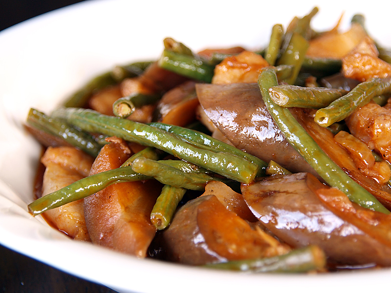 Eggplant and String Beans in Tomato Sauce - Ang Sarap (A Tagalog word ...